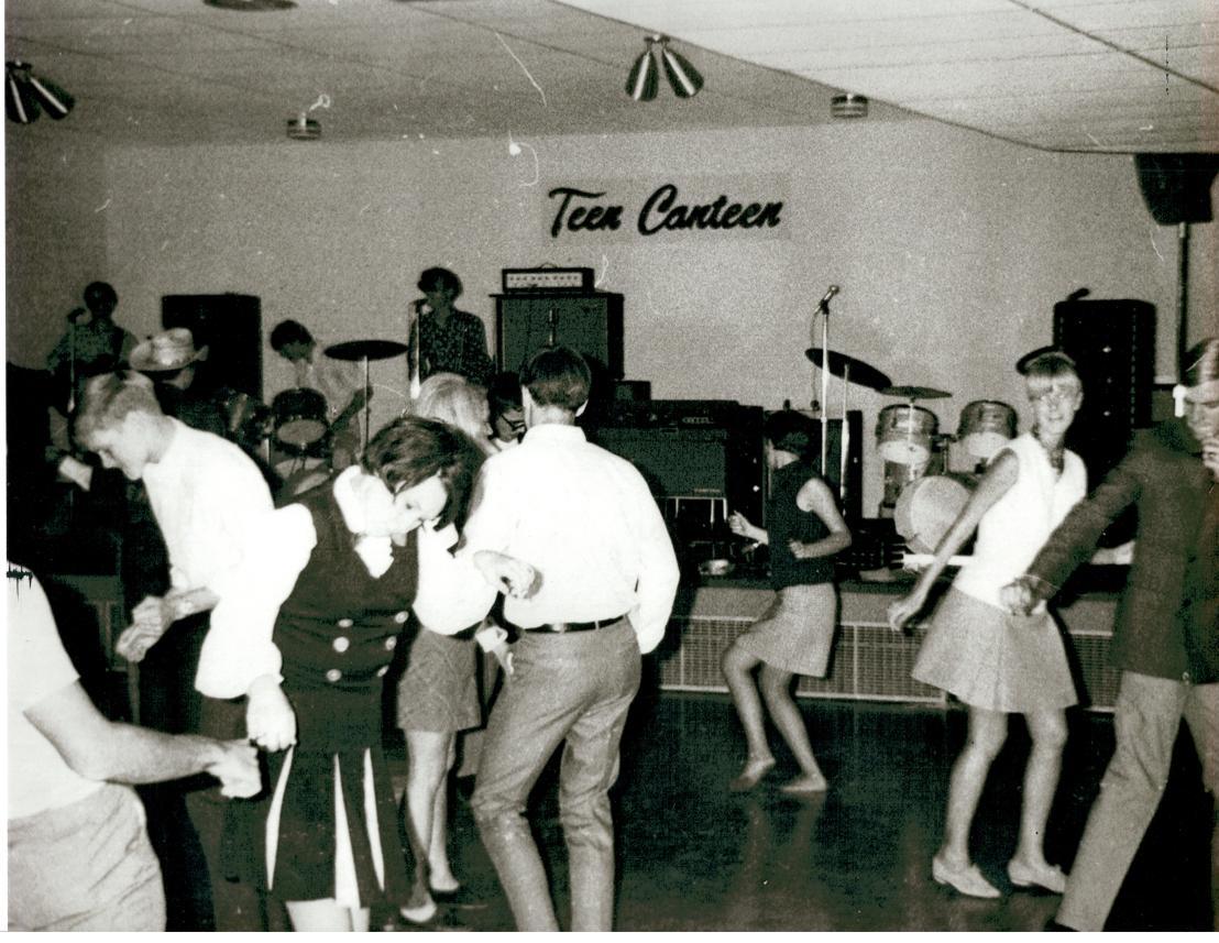 Teen Canteen